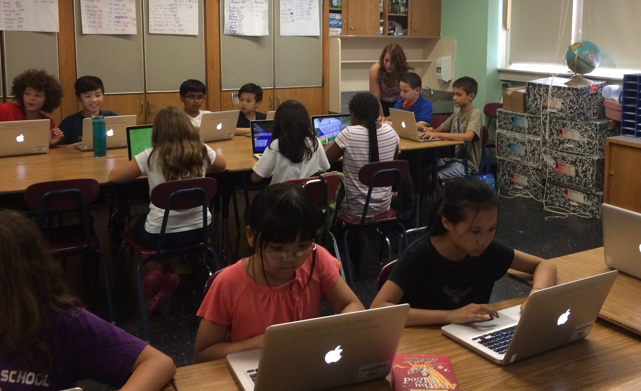Minecraft is an effective entry into computer science education for young learners in the DOE's Summer STEM program.