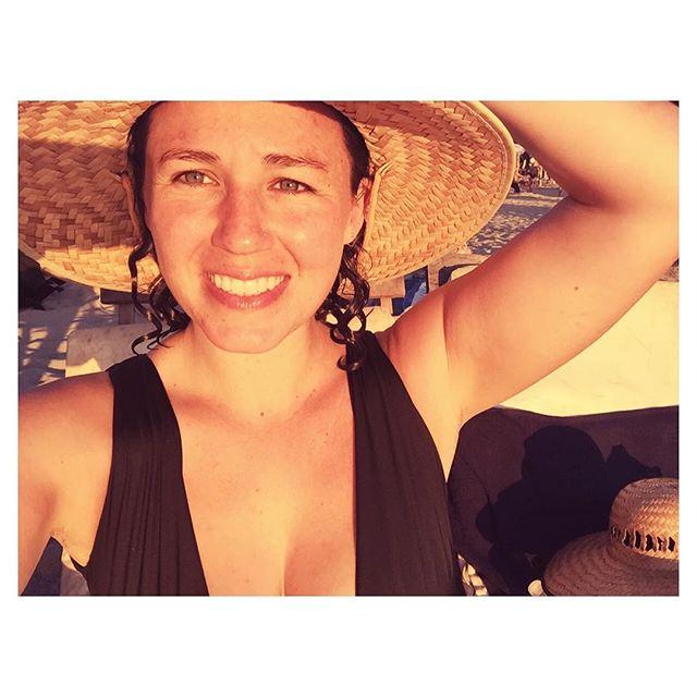 still wearing this playa zicatela bronze 🌞🇲🇽🌎 | 365 ago