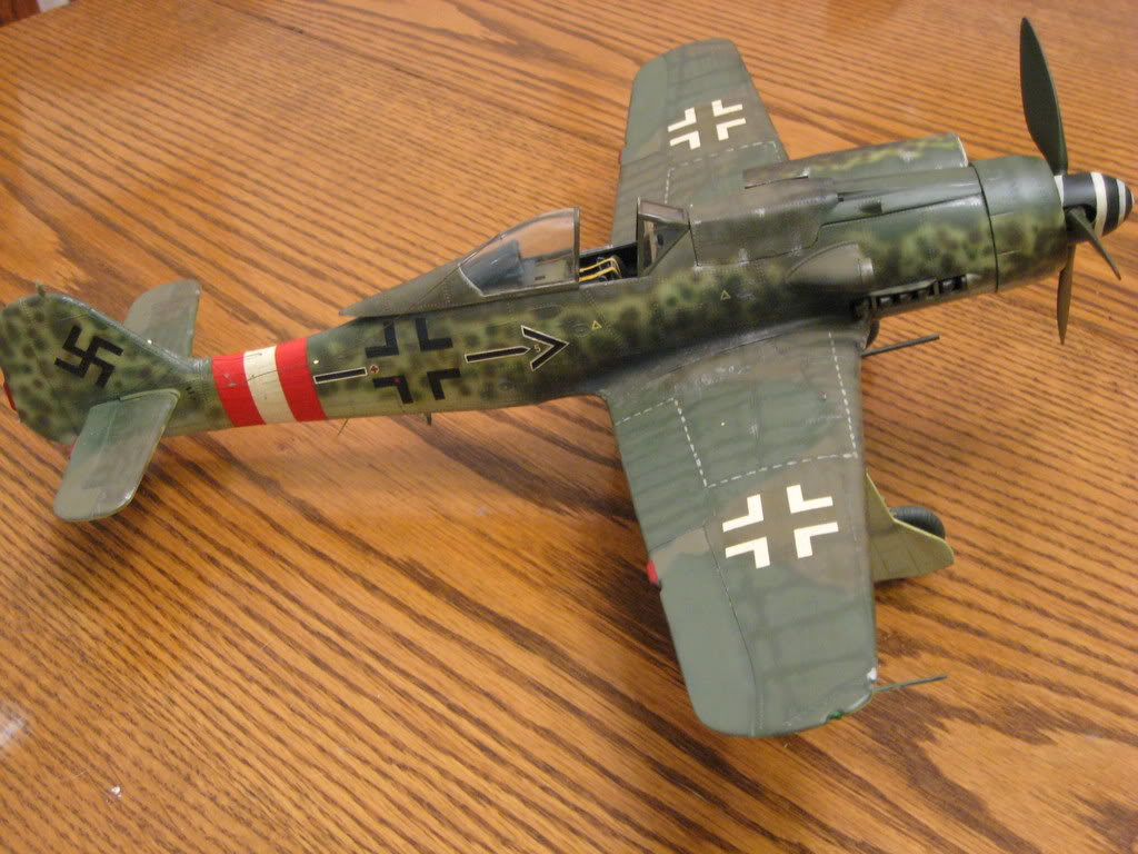 Revell FW-190 D9 old tool 1/32nd scale, kit #2. Photo 1 of 2.