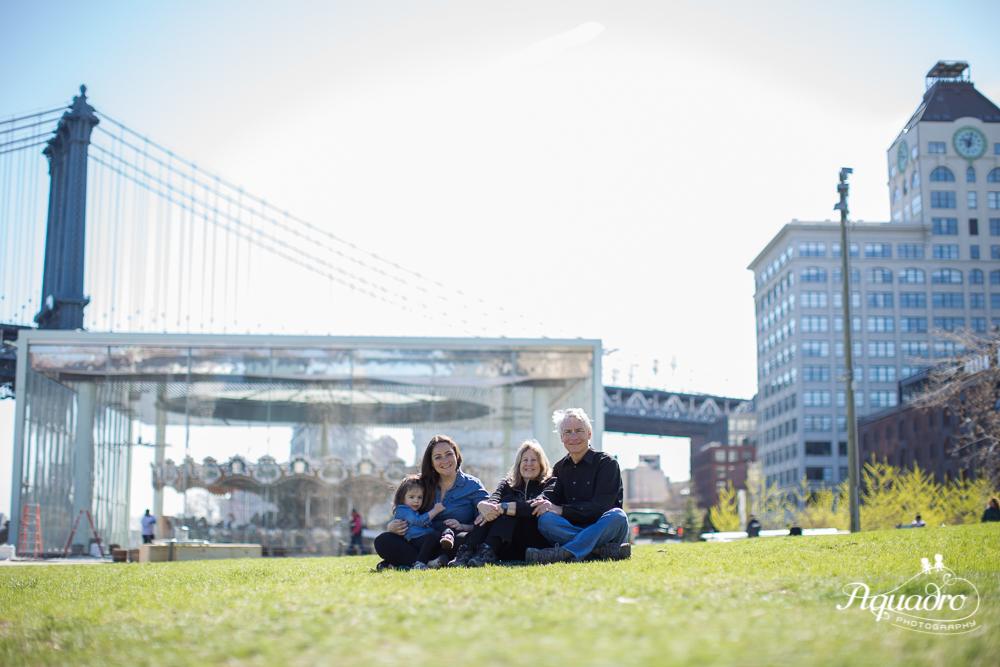 Family Mini Session Brooklyn Bridge Park