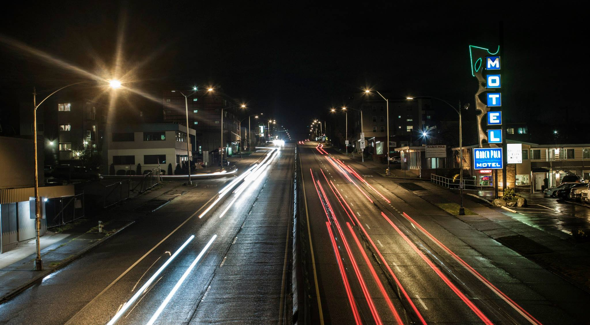 seattle cars night.jpg