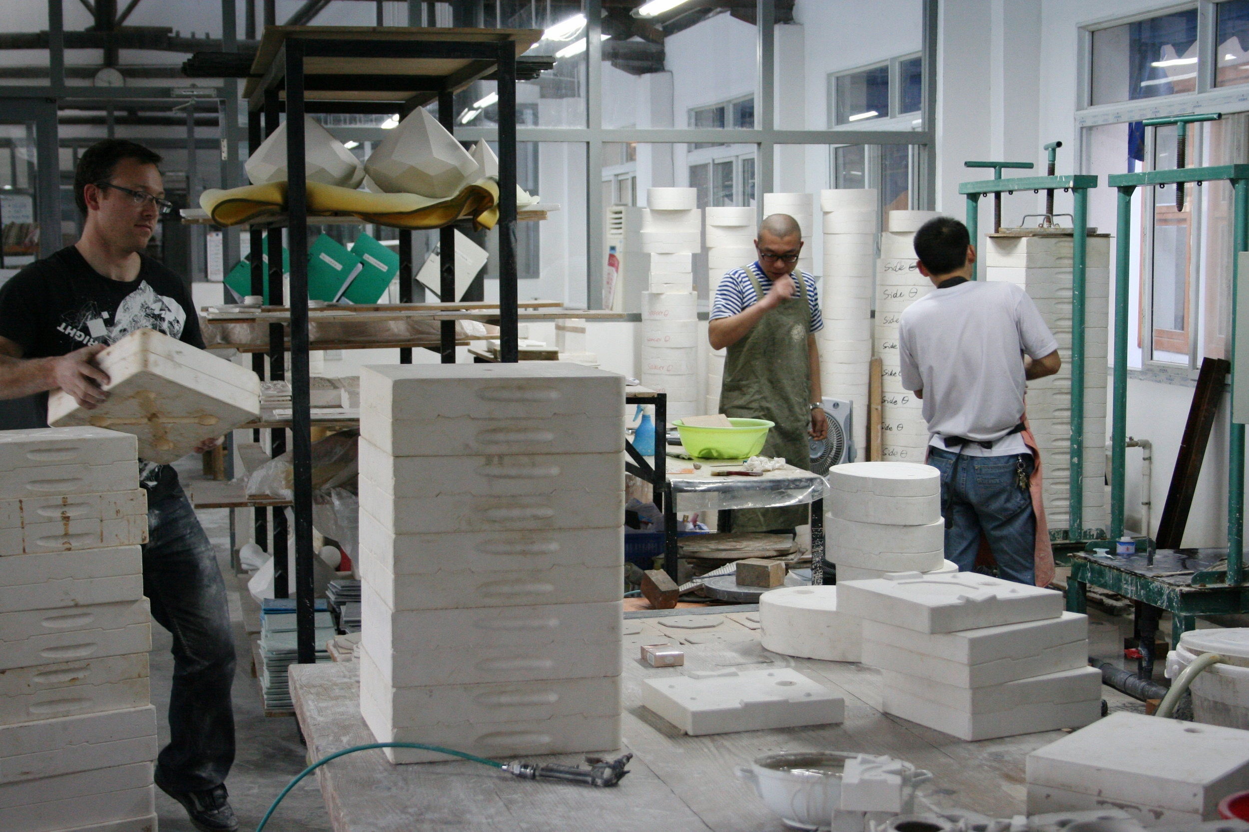 Pressure-Casting wall tiles