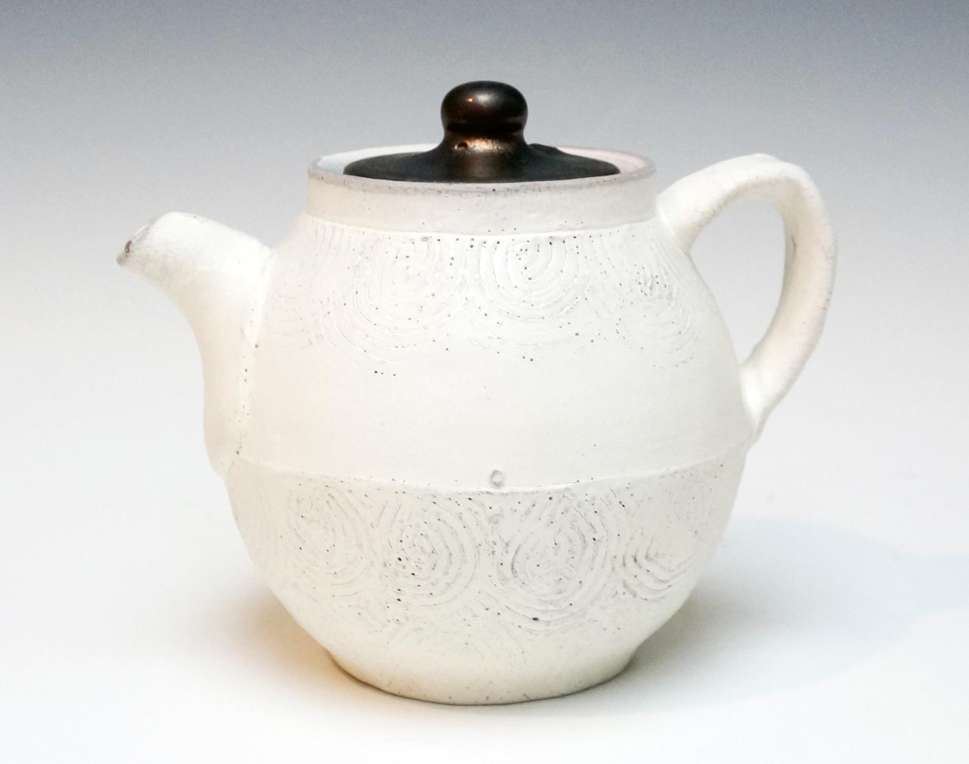 Wells-Teapot.1.jpg
