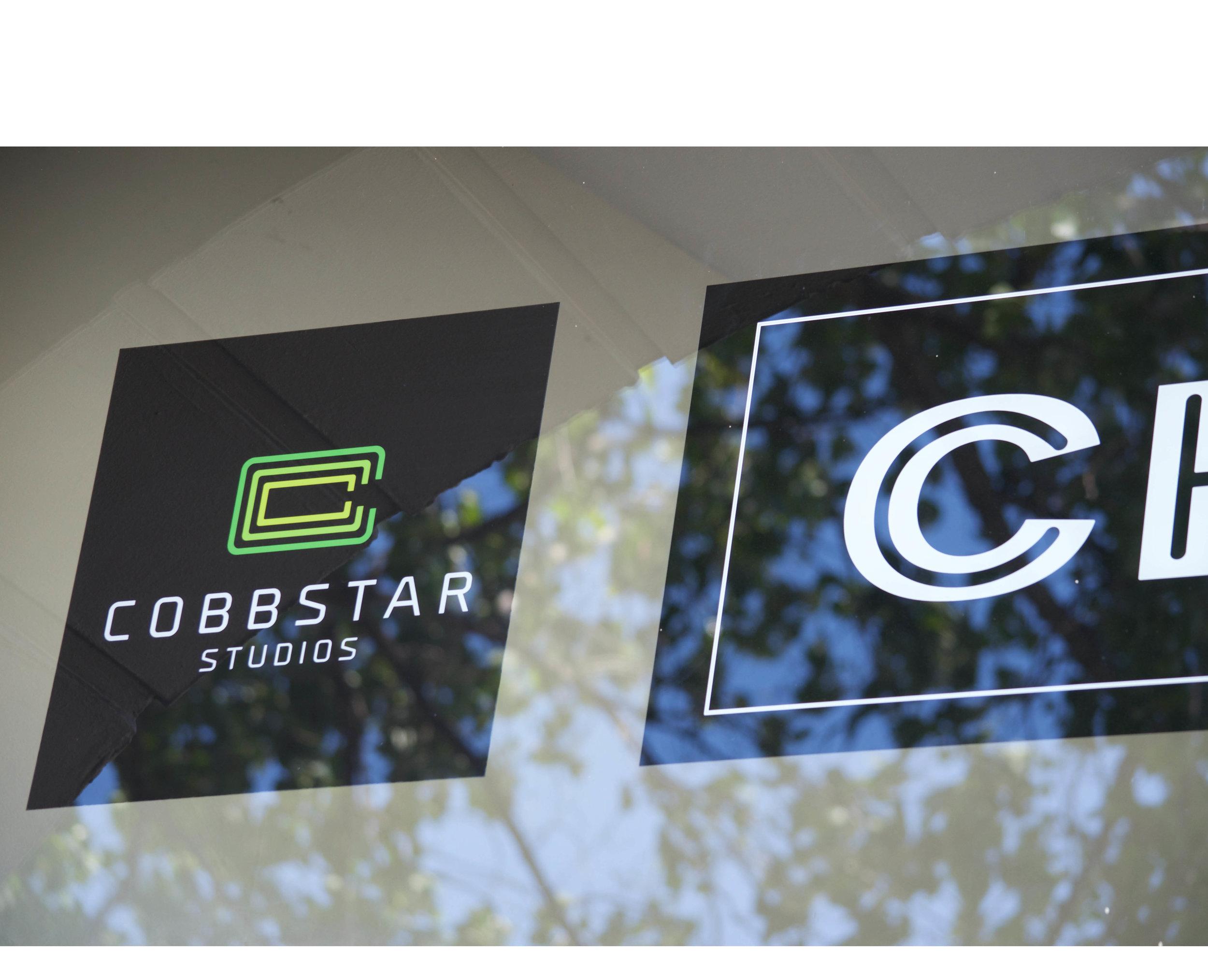 COBBSTAR_STACK_PS_COL_REV.png