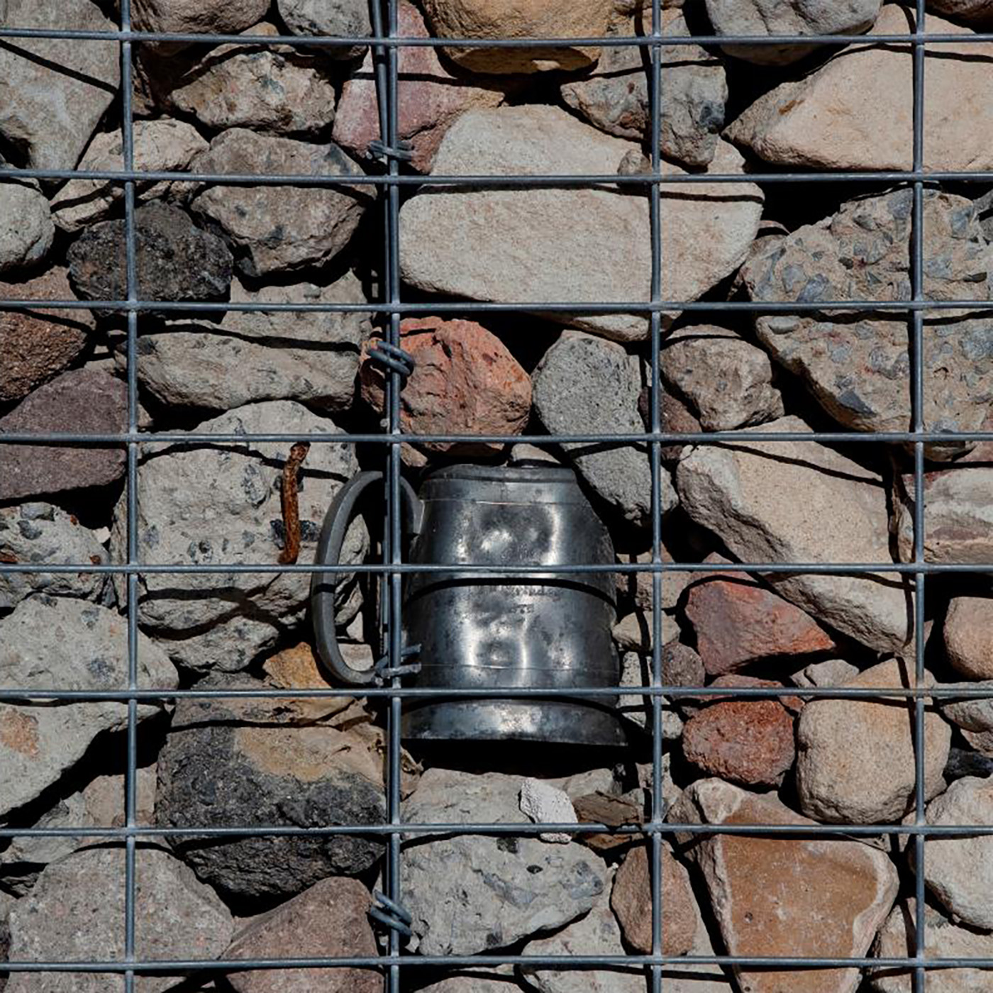Gabion wall at Ballast Point Park. Image:  McGregor Coxall