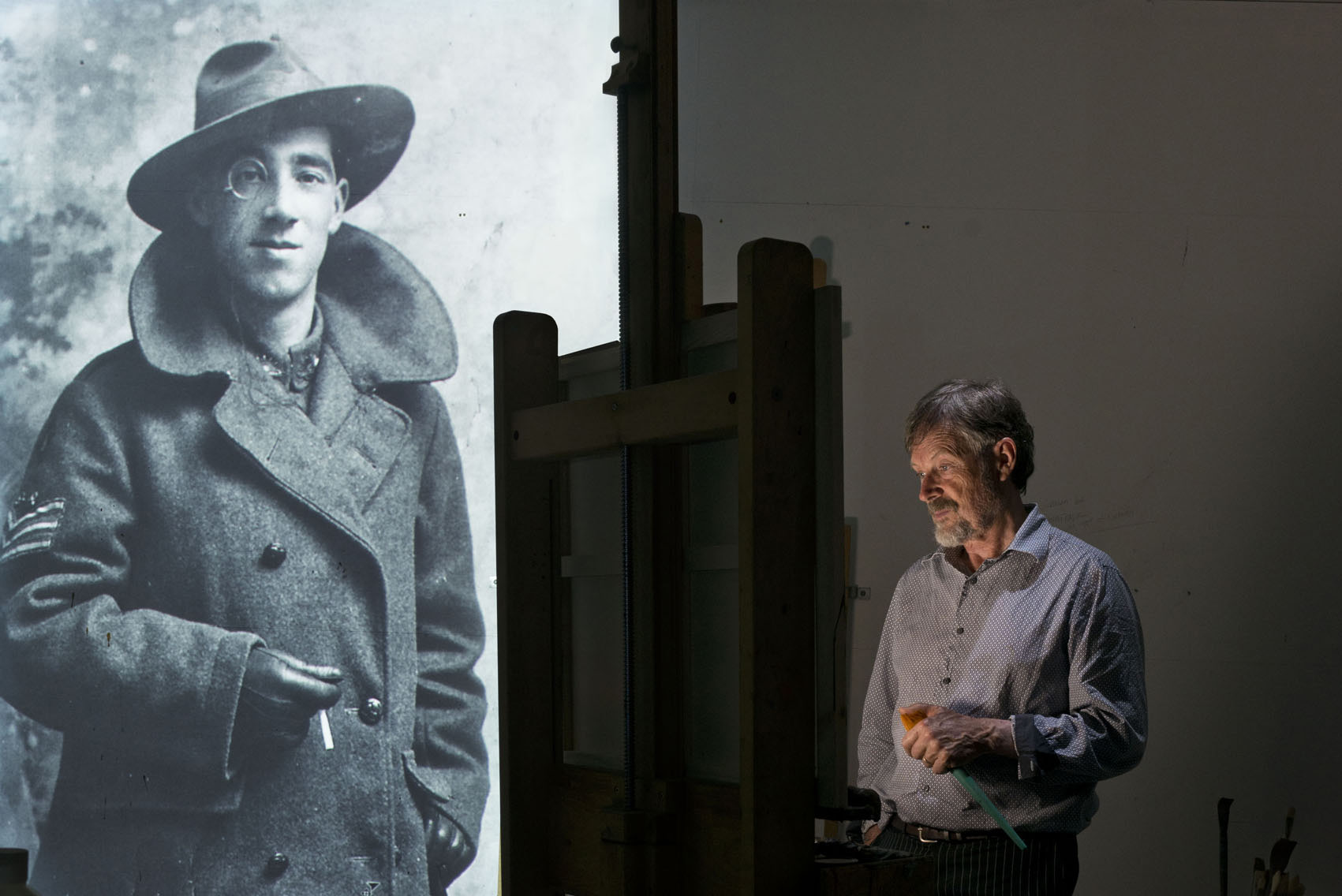 Idris Murphy with his grandfather Idris Charles Pike.  Image © Mine Konakci