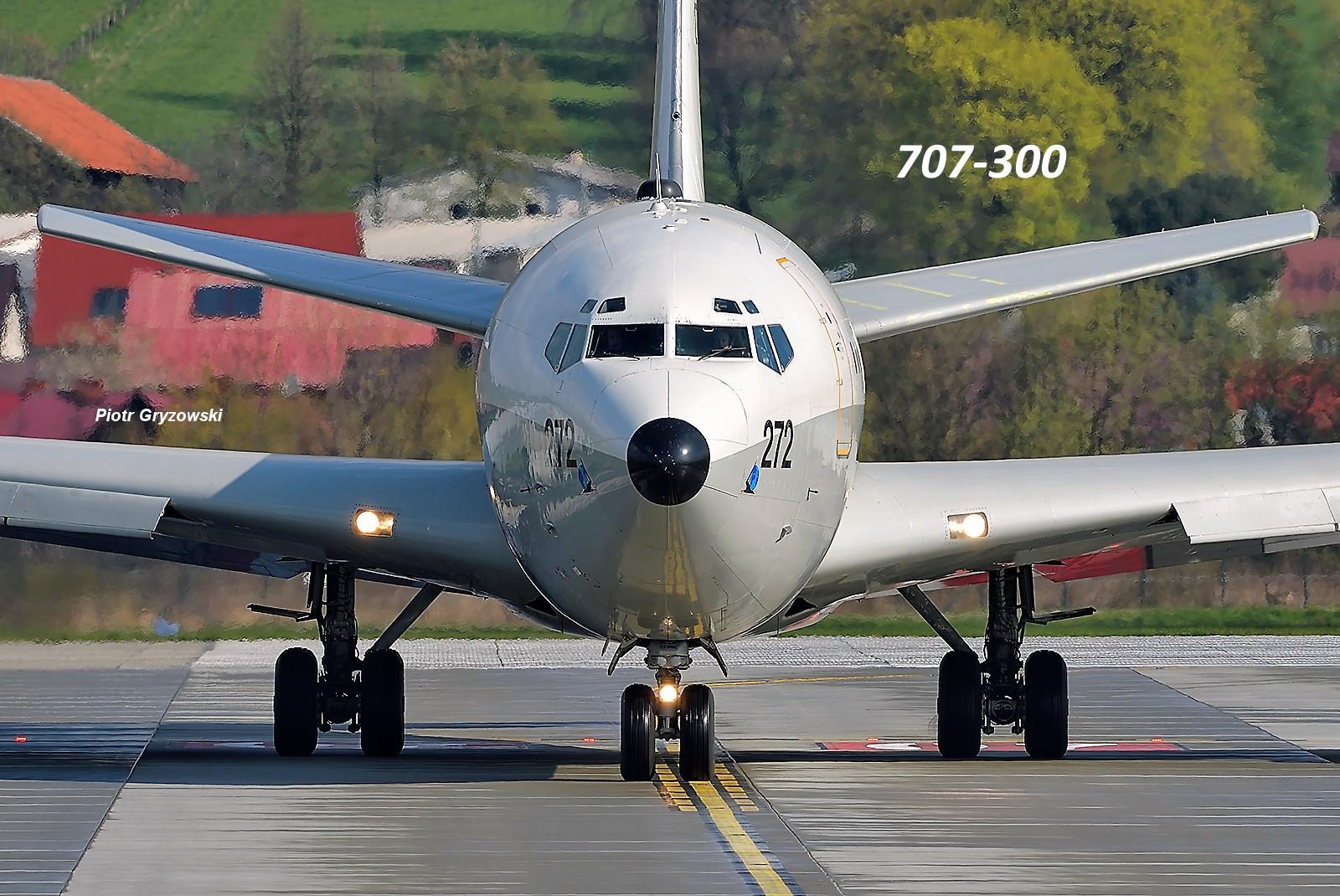 Boeing 707-300 wasi web1.jpg