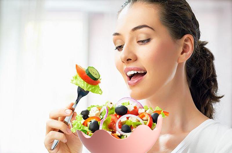 women-eating.jpg