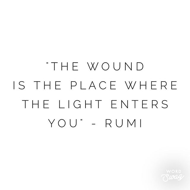 How true it is Rumi ...trying to let all that beautiful full moon light in 🌕✨. I shared my latest health update post on the @overcomingms website today so if you missed it just tap the link in my bio to read. I've had lots of healing over the last 4 years it kinda blows me away to think how sick I actually was 😔 MS is a beast - but thank bloody goodness I'm better 🙏🏼. The human body is an incredible thing when you allow it space and all the right things to heal. Still not out of the woods yet but getting there 🙏🏼 #rumi #light #wounds #healing #healingMS #overcomingms