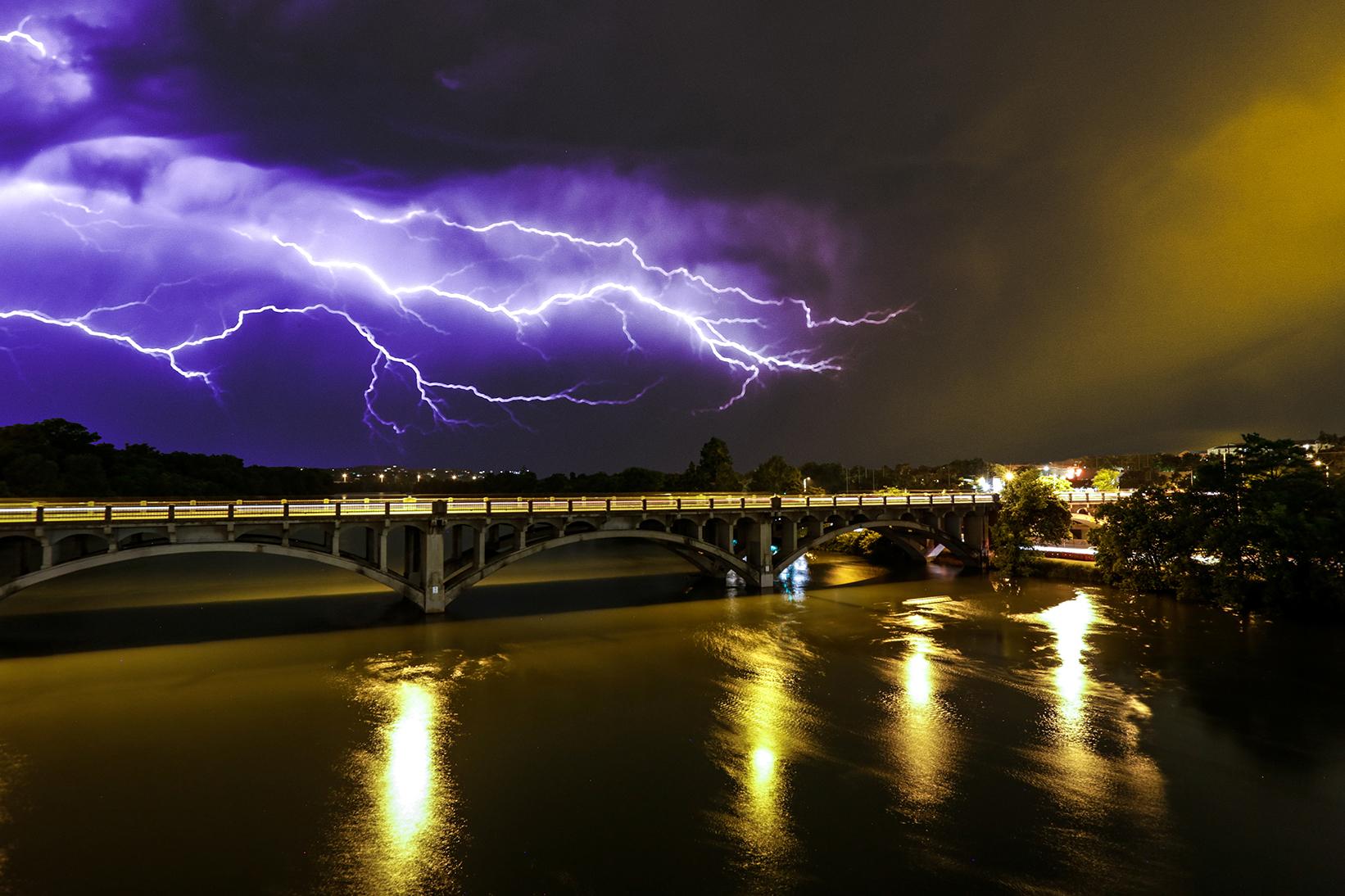 lightning_lamarbridge.jpg