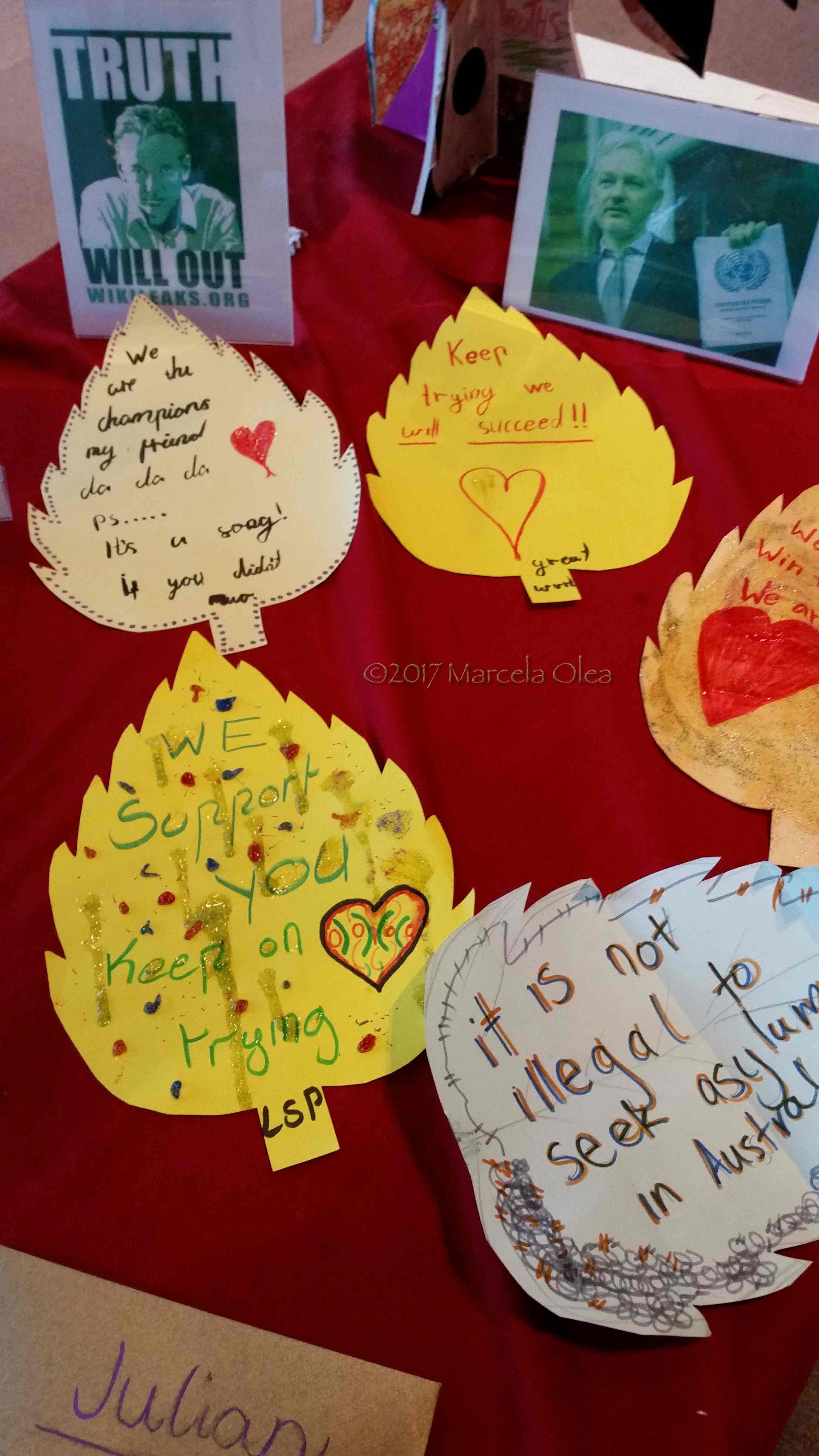 Messages4JulianAssange.09.jpg