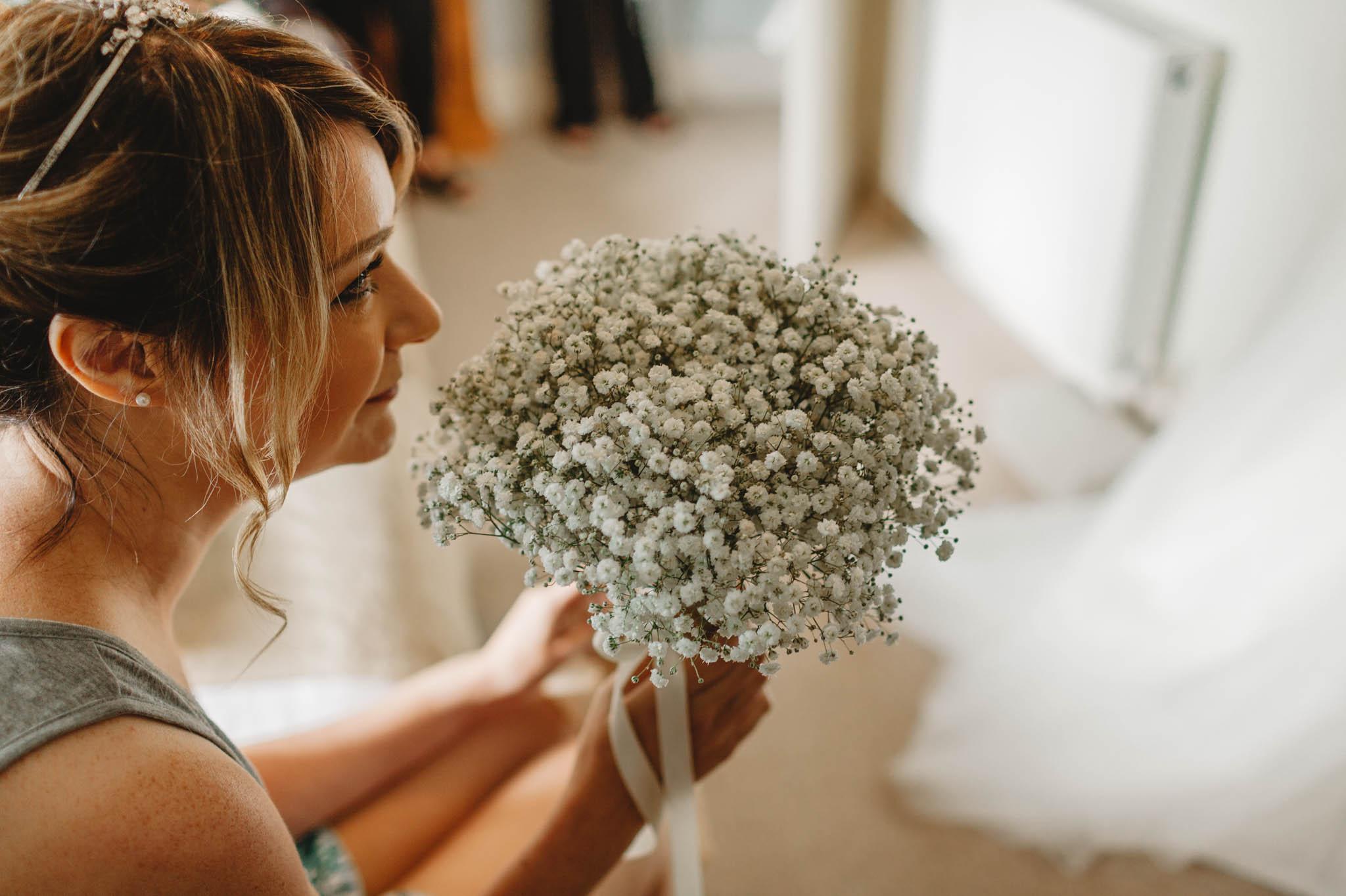 Bridal flowers wedding photographer