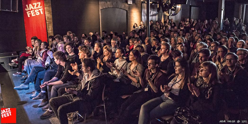 Stina-Stjern-Publikum-kopi.jpg