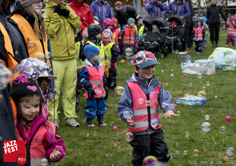 Barn i Dokkparken_.jpeg