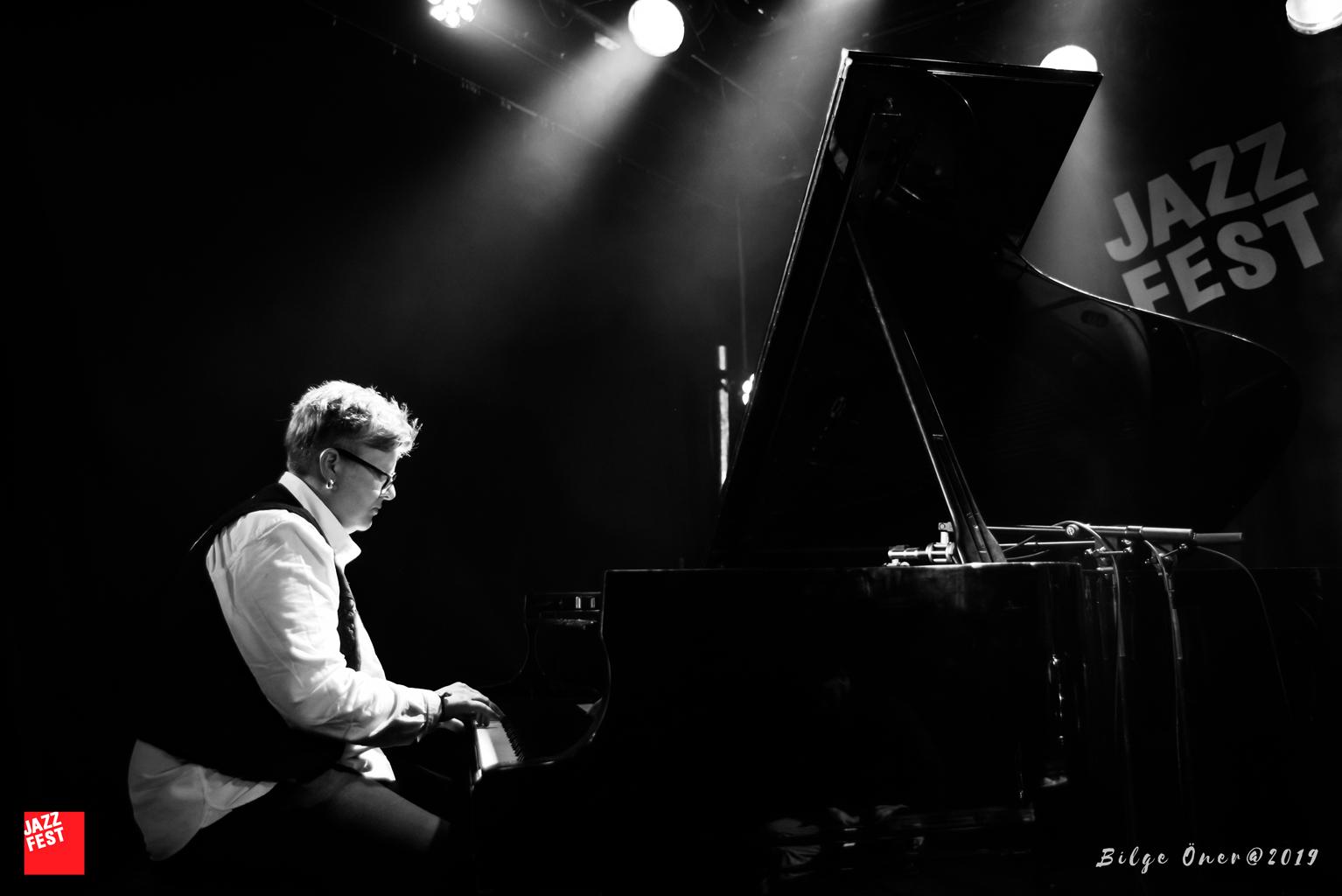 Maria Kannegaard Trio.  Foto: Bilge Öner