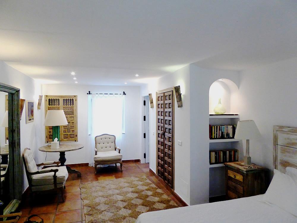 Bedroom-seating-area.jpg