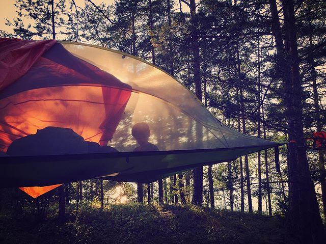 Next level camping. #tentsilestingray