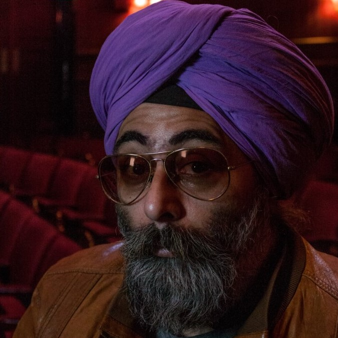 HARDEEP SINGH KOHLI - BYLINE FESTIVAL COMEDY RINGLEADERHardeep Singh Kohli is a British presenter of Sikh heritage who has appeared on radio and television.