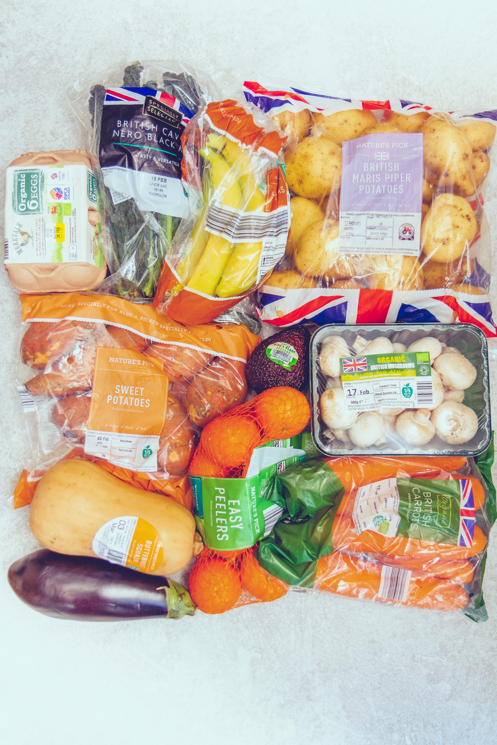 eat cheap and healthy aldi grocery haul (3).JPG