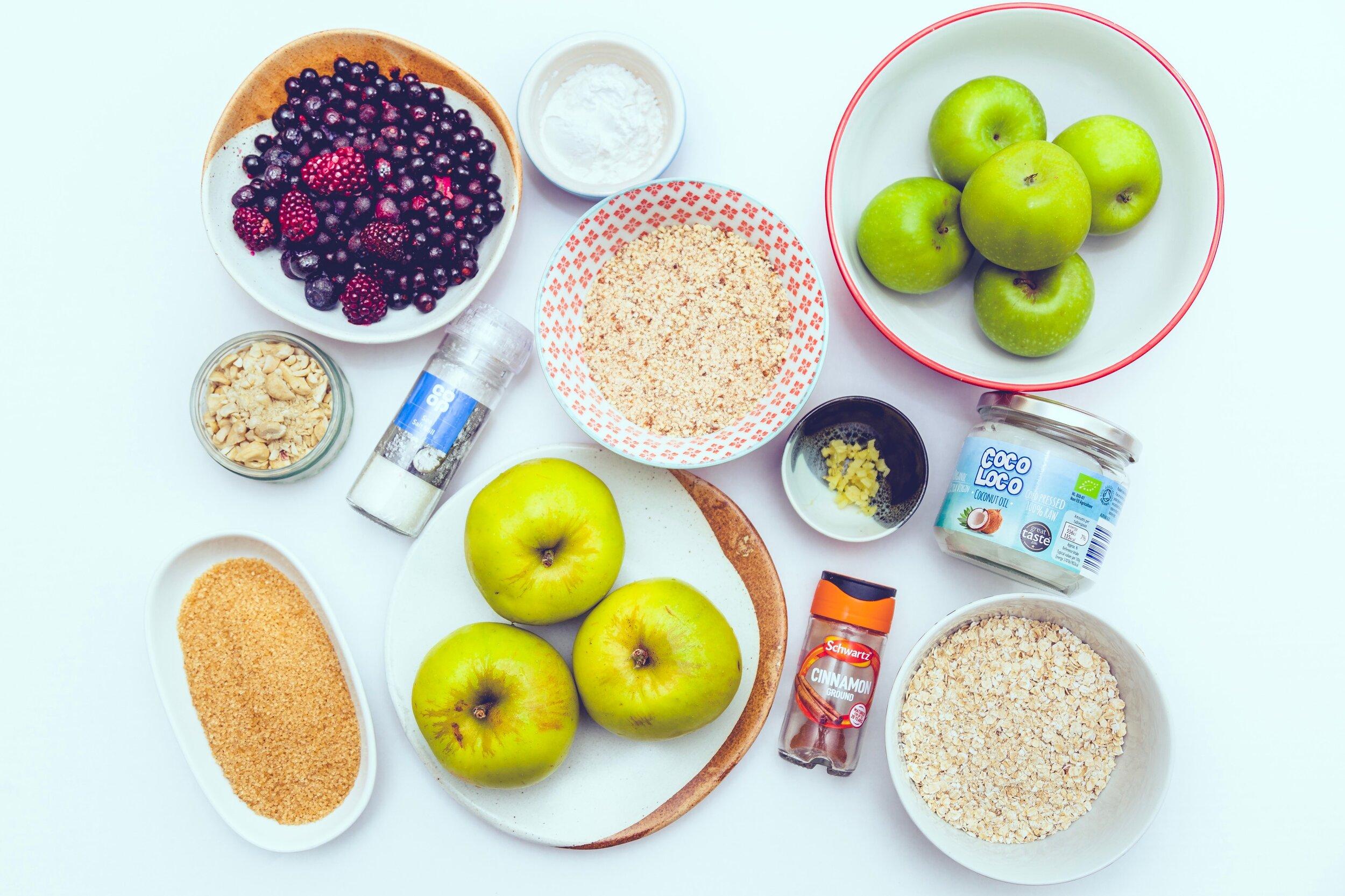 apple and blackberry crumble vegan