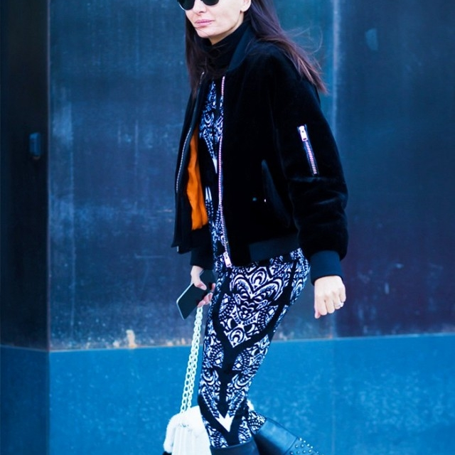 38-outfits-that-prove-a-bomber-jacket-is-the-only-thing-to-own-now-1684720-1457100154.640x0c.jpg