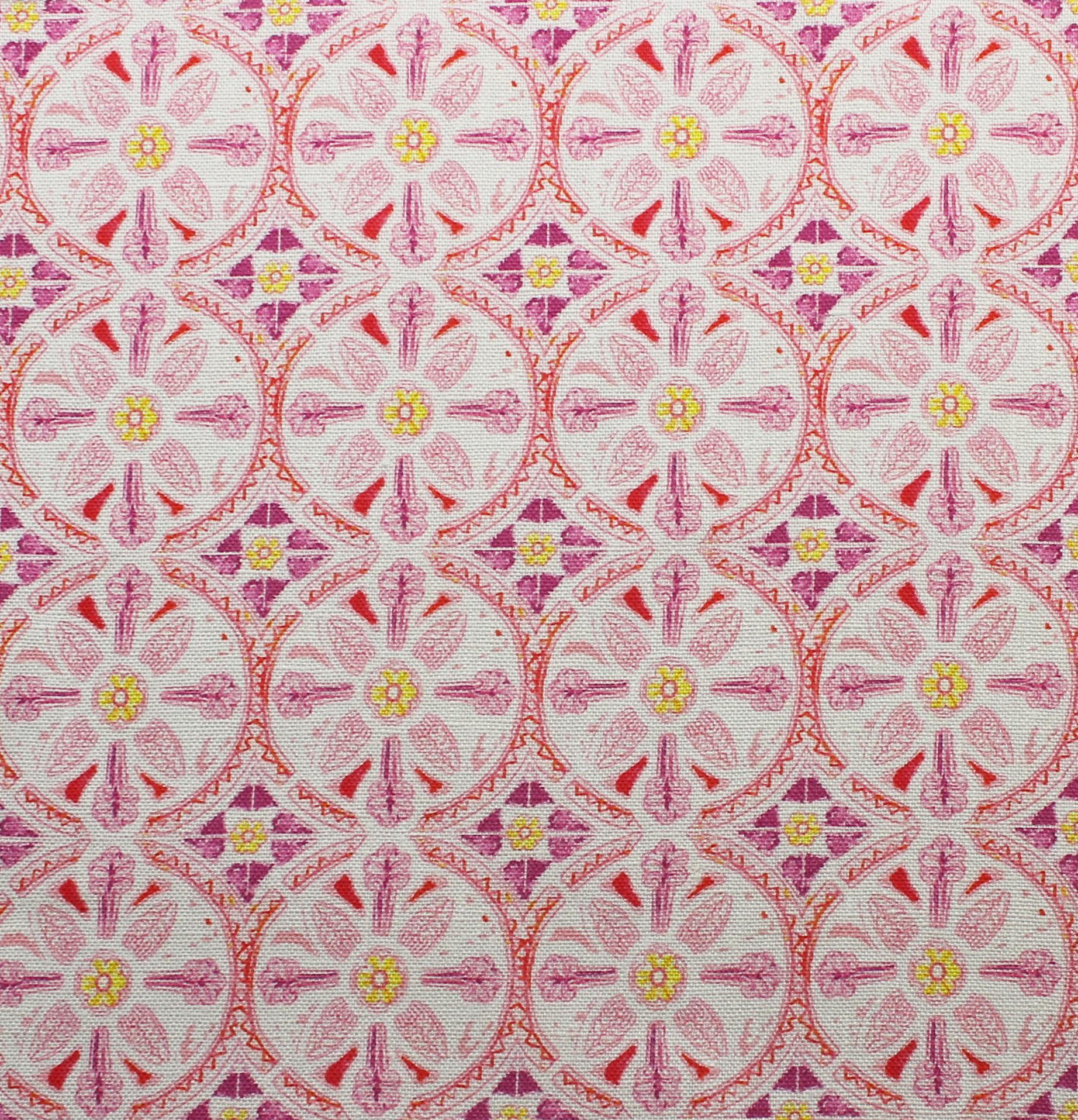 Petite Circle Batik: Pink