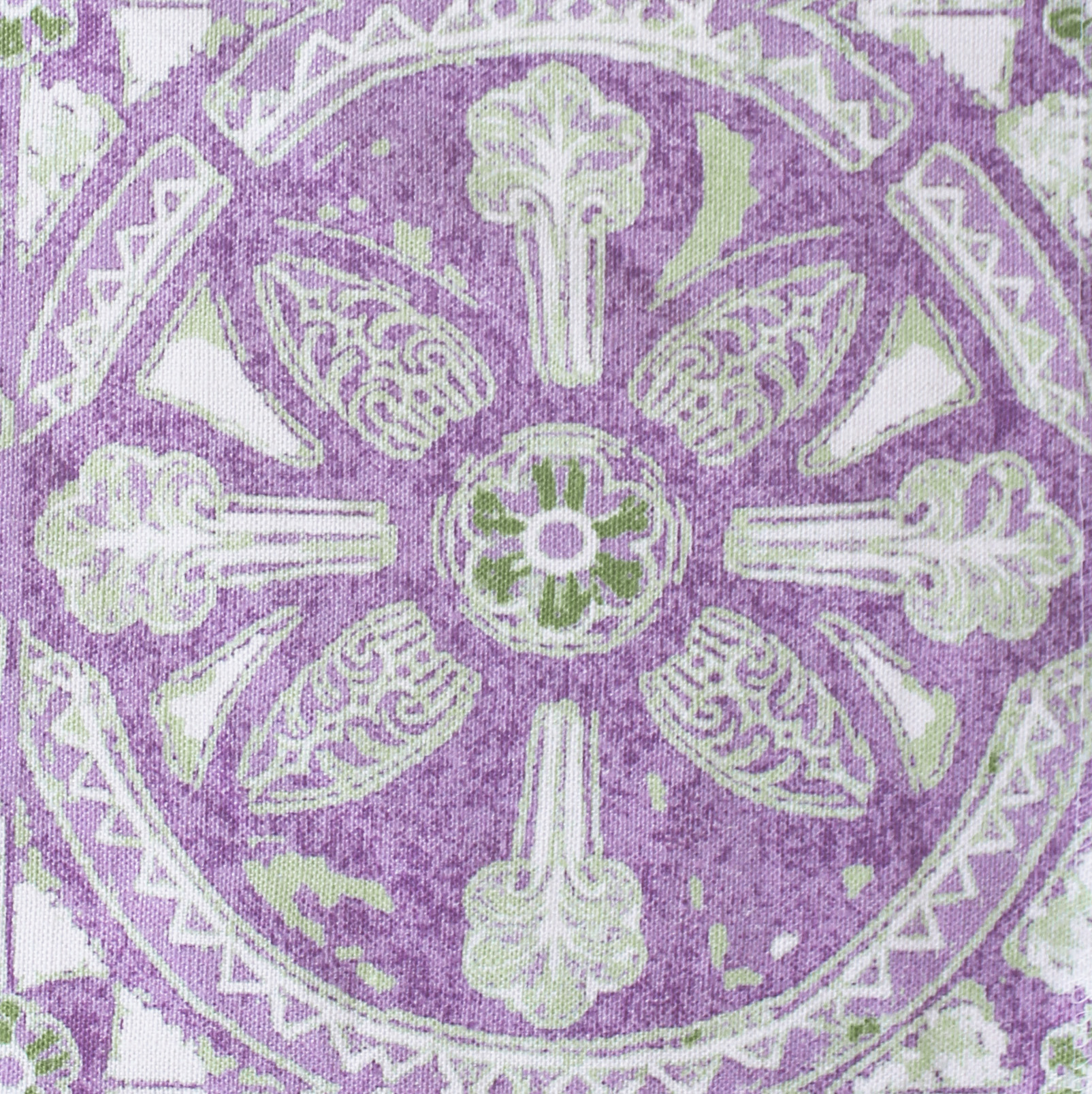 Grand Circle Batik: Lilac