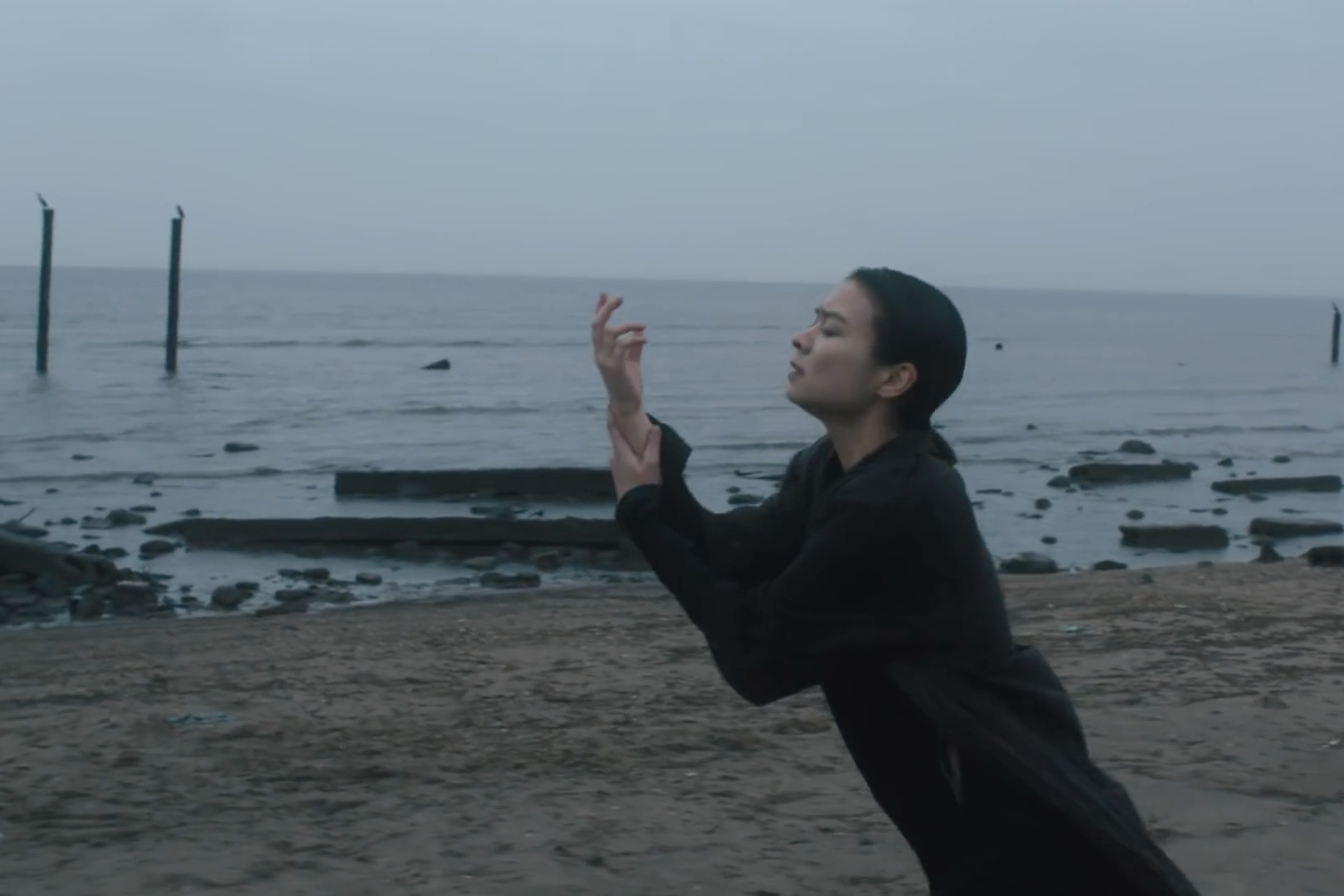 mitski-new-album-be-the-cowboy-geyser-video-1526319938-compressed.png