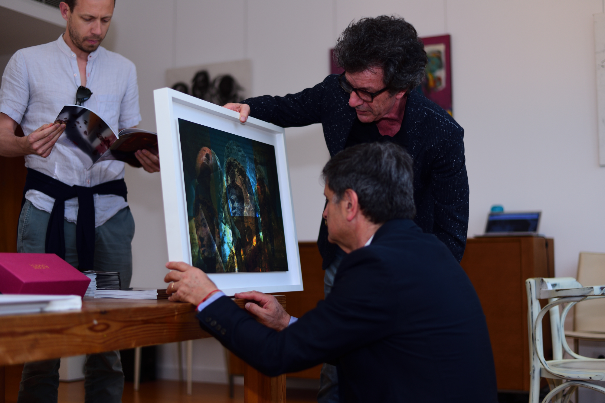 """remomero """"reverse auction"""" in Beirut involved more than three hundred contemporary artworks made by Italian and Lebanese artists."""
