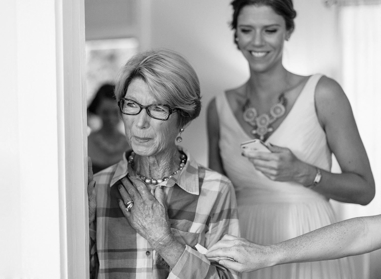 6-mom-crying-wedding.jpg