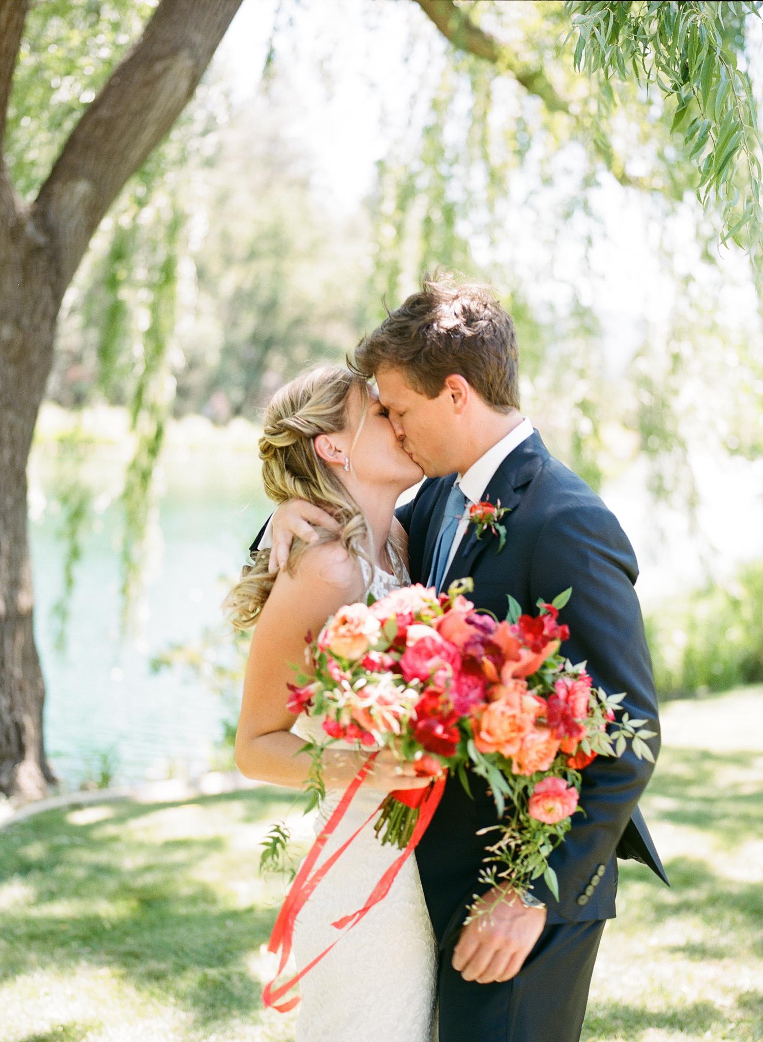 13-bride-groom-willow-tree.jpg