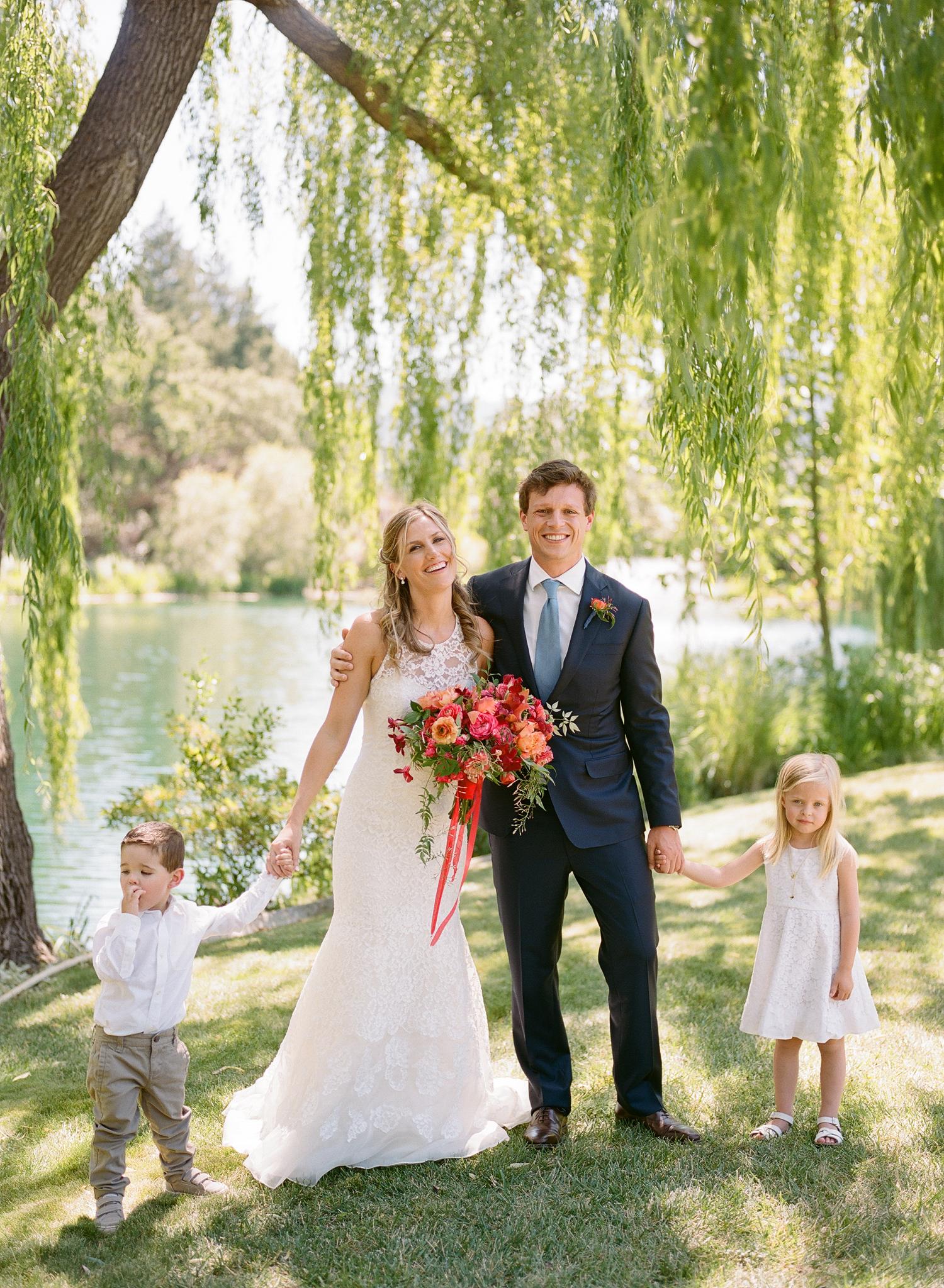 15-bride-groom-little-attendants.jpg