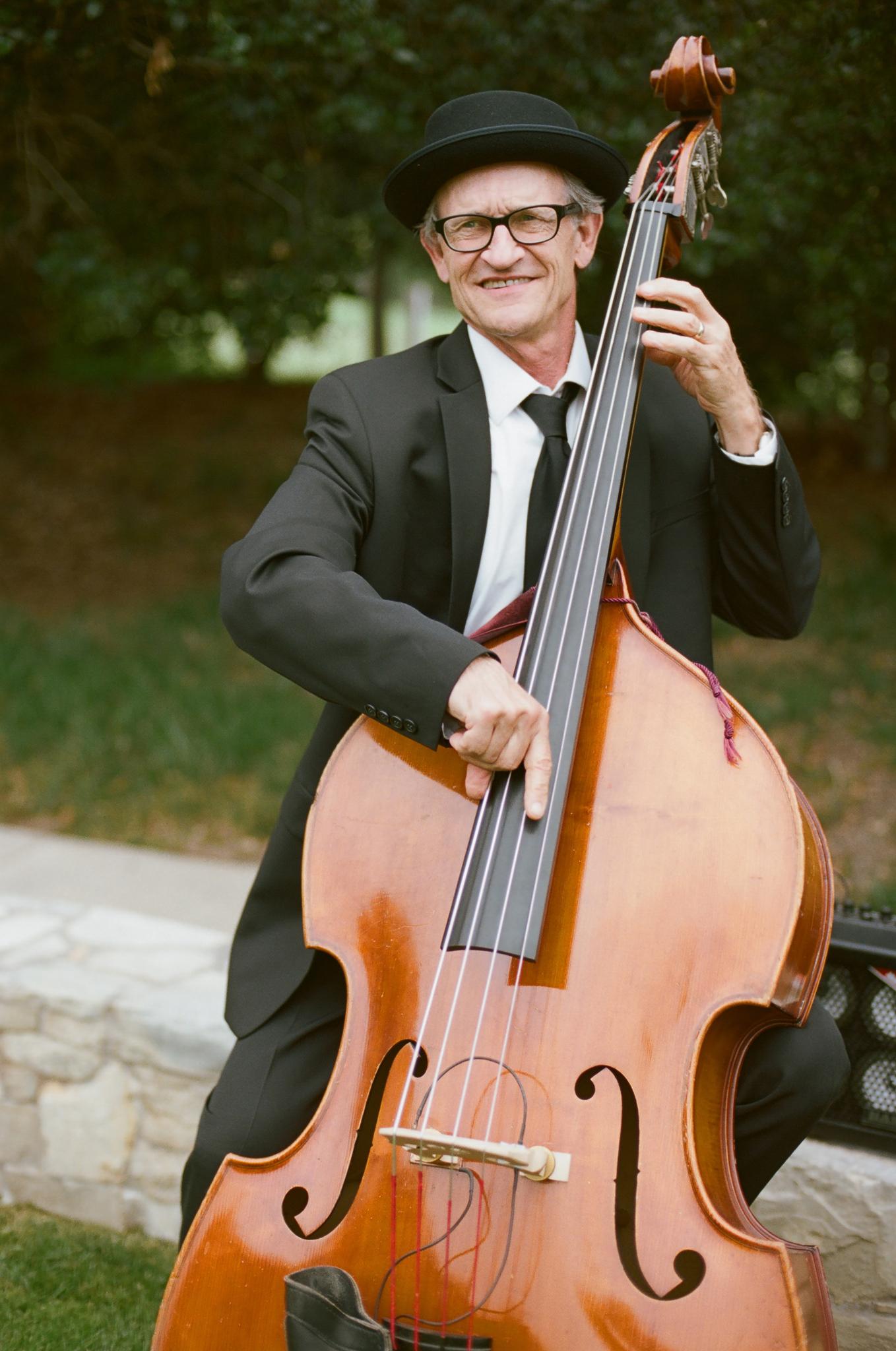 15-bass-player-wedding.jpg