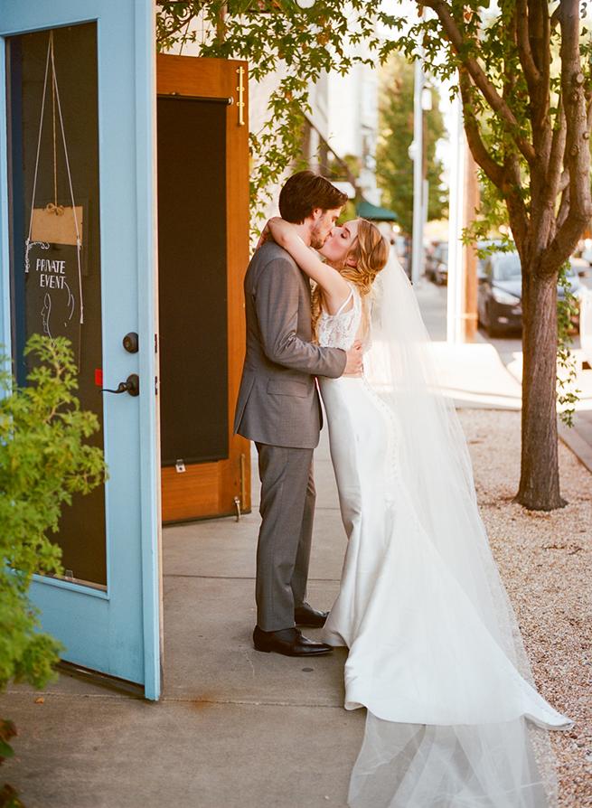 020-barndiva-wedding-french-inspired-healdsburg-wedding-christina-mcneill.jpg