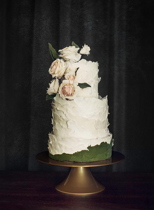 1-romantic-wedding-cake.jpg