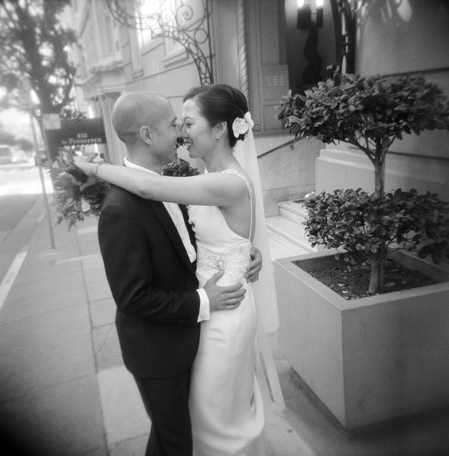 11-bride-groom-holga.jpg