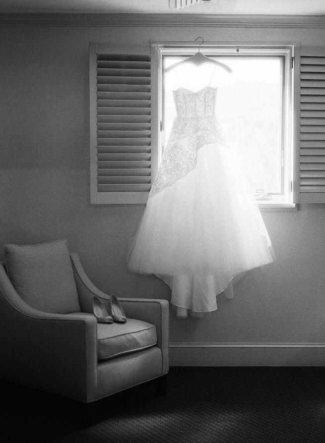 01timeless-vintage-estate-wedding.jpg