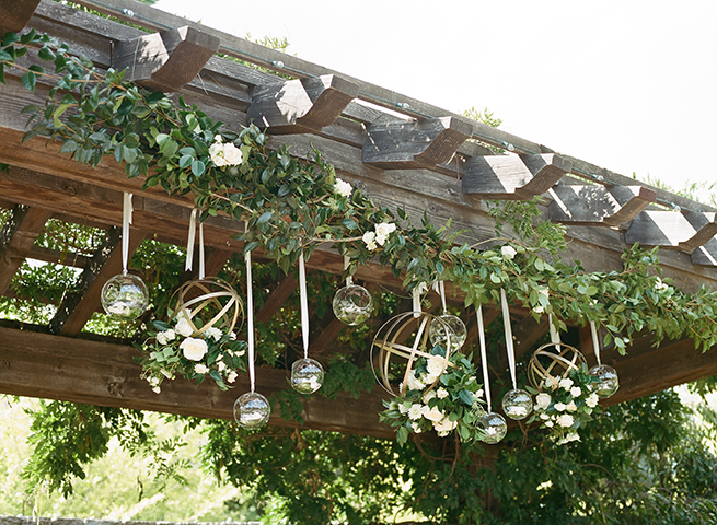 09timeless-vintage-estate-wedding.jpg