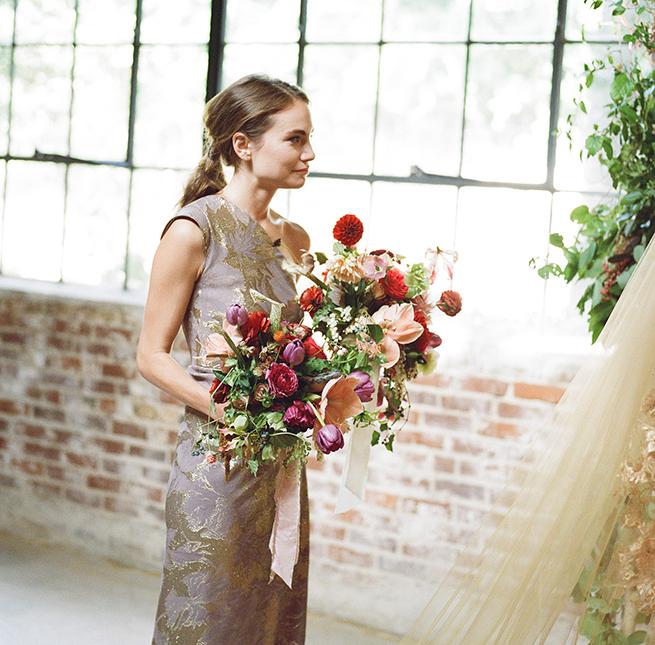 18-bold-bridal-bouquet.jpg