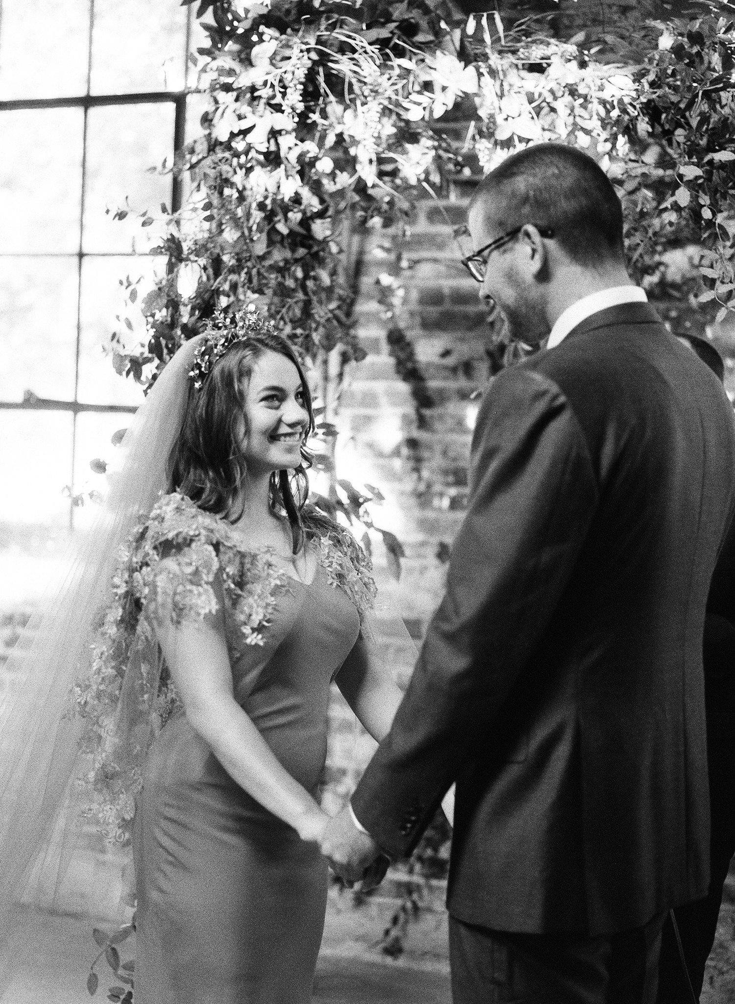 17-romantic-urban-wedding.jpg