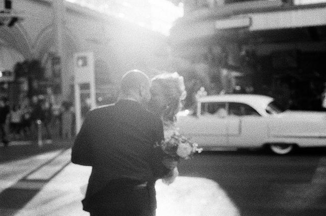 16-8-stylish-vegas-wedding-elvis.jpg