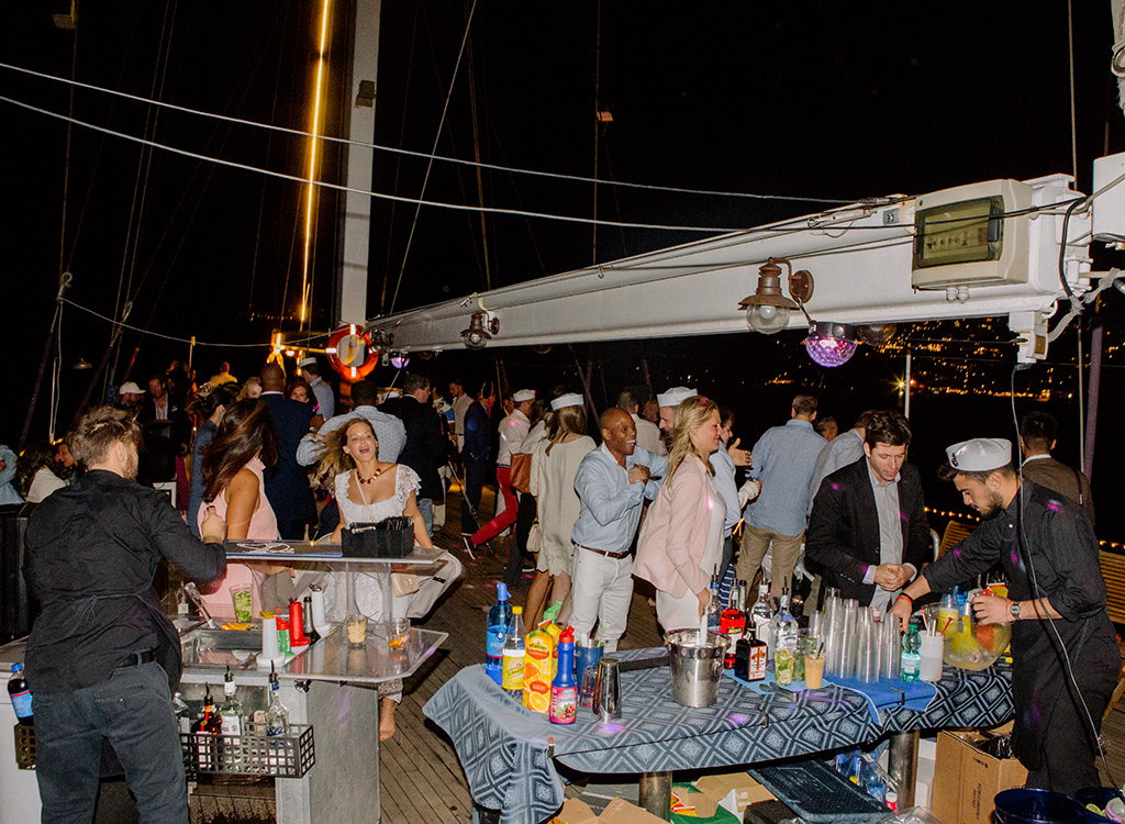 30-pirate-ship-after-party.jpg