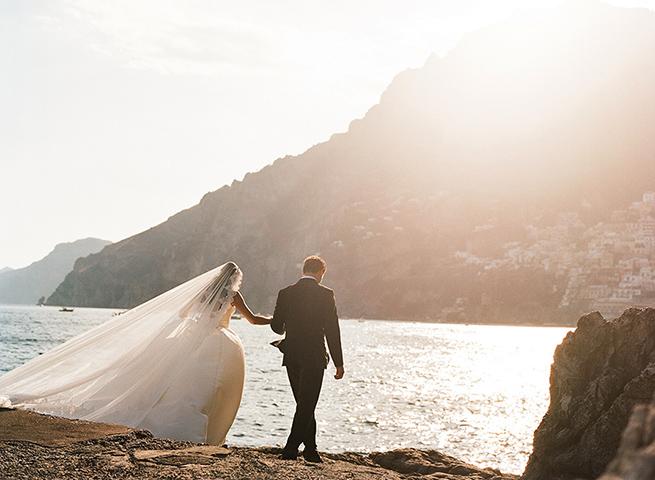 24-positano-wedding-bride-groom-sea.jpg