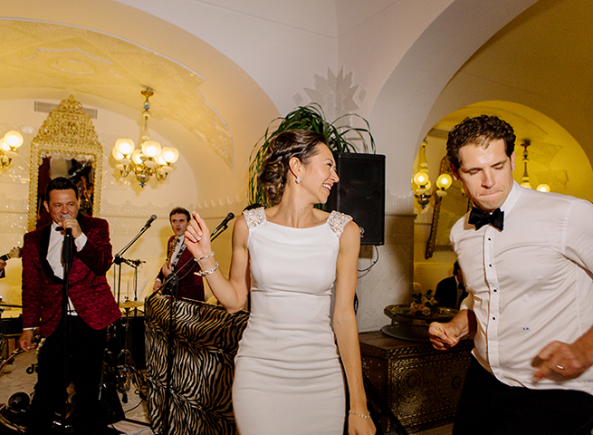 52-bride-groom-boogie.jpg