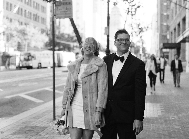 12-bride-groom-city-streets-san-francisco.jpg