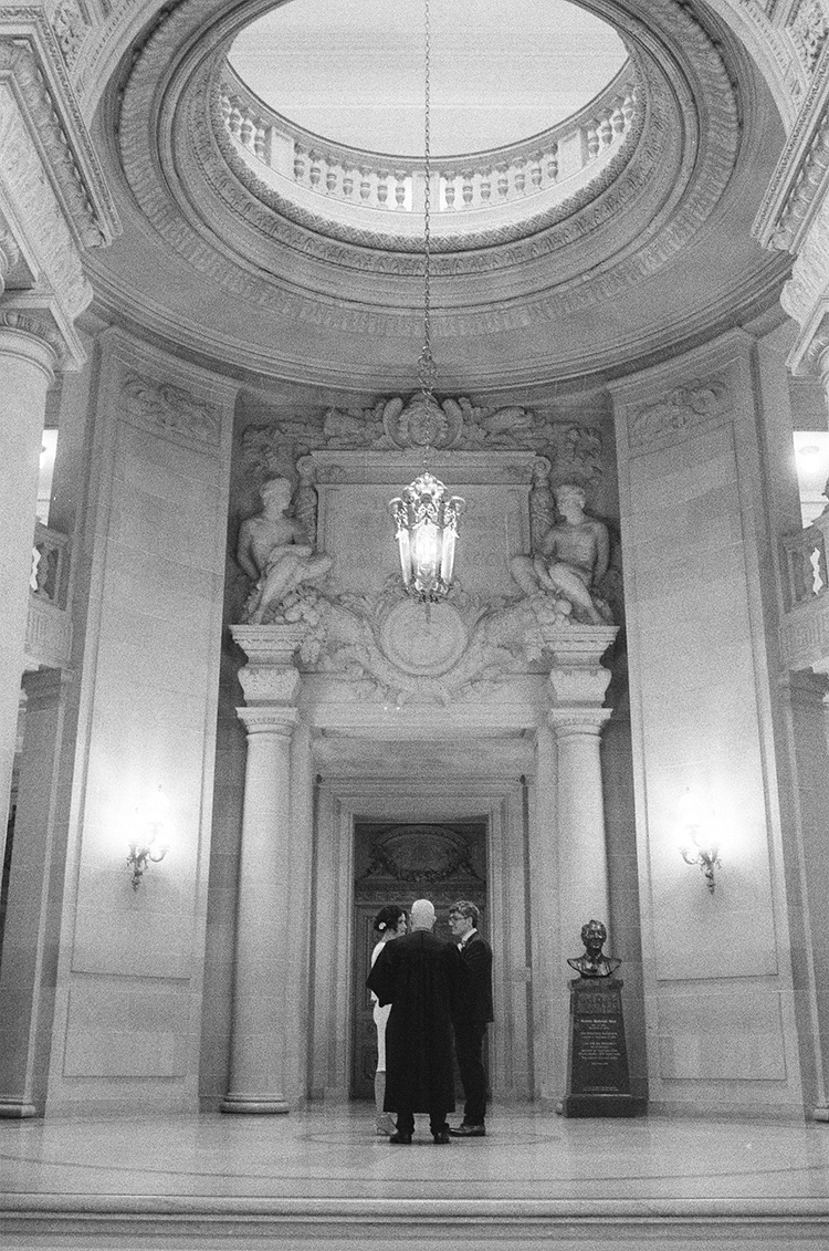 23-rotunda-ceremony-sf-city-hall.jpg