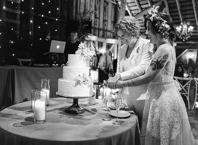 61-brides-cake-cutting.jpg