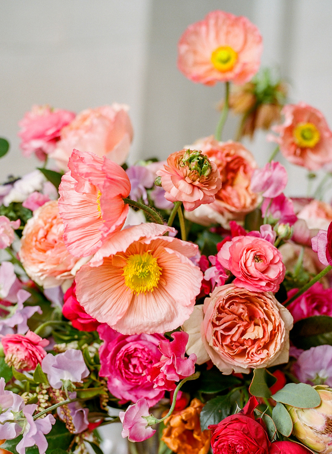 2-icelandic-poppy-spring-arrangements.jpg