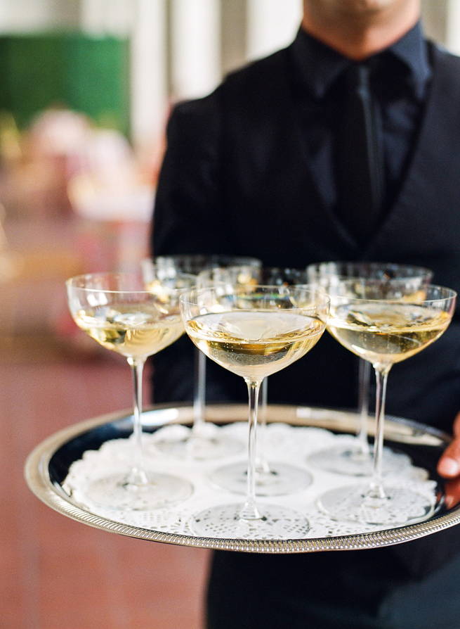 20-tray-champagne-coupe.jpg