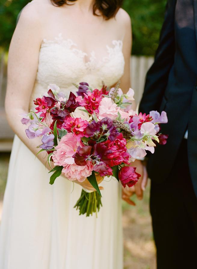 17-bold-fuchsia-sweet-pea-bouquet.jpg